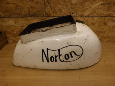 Norton Commando Interpol petrol tank